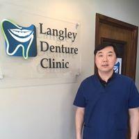 Langley Denture Clinic logo