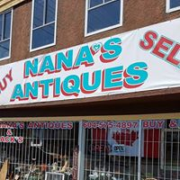 Nana's Antiques logo