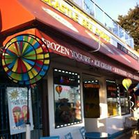 Sandcastle Sea Shoppe & Ice Cream Parlour logo